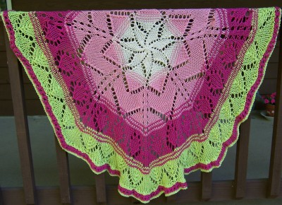 Mary, Mary .... Quite Contrary (circle shawl or throw)