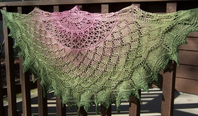 A Slice of Summer ... a half-circle shawl