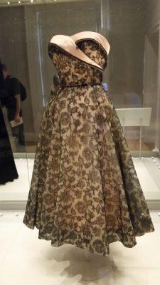Princess Margaret's dress ... LOVE this one!