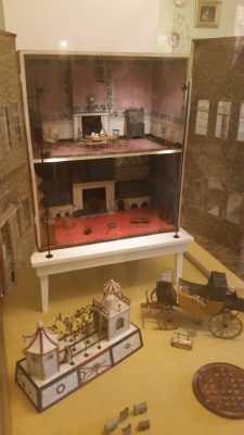 Victoria's Toys ...