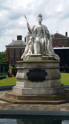 Victoria's statue outside Kensington Palace